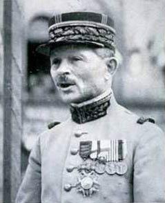 Генерал Максим Вейган